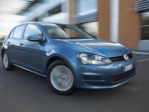 Road test: New Volkswagen Golf 7 sets the benchmark